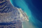 宇航员震撼拍全球机场