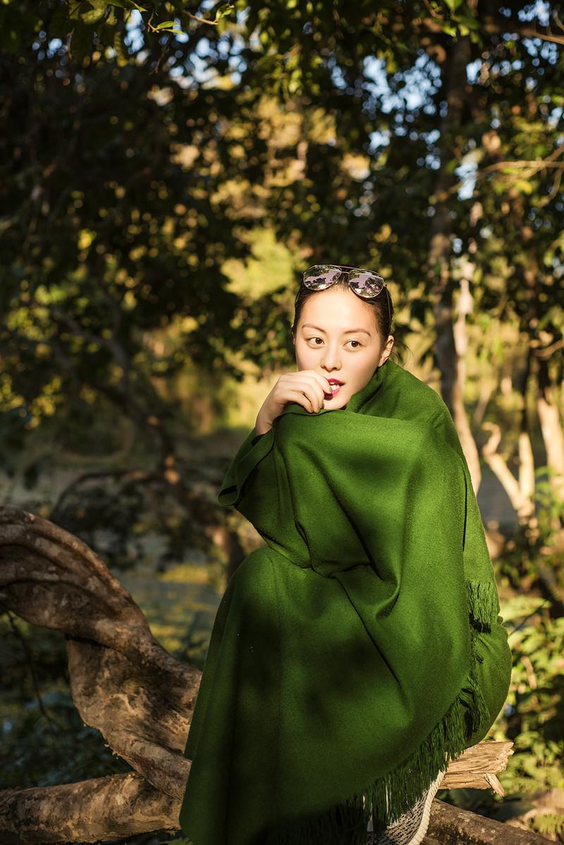 王力可公益环保写真曝光 呼吁爱护大自然