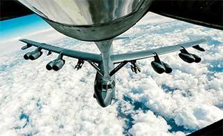 那些年让KC135空中加油的飞机