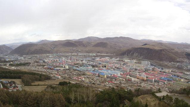 无人机俯瞰鸭绿江:朝鲜竟是这般模样