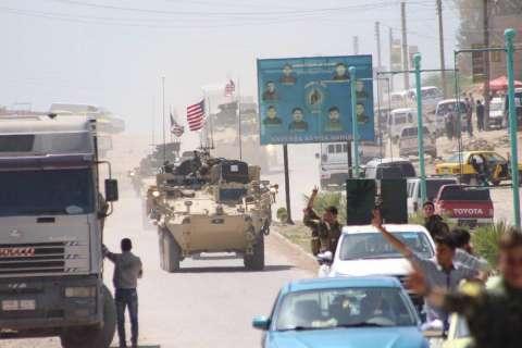 美军装甲部队开到叙利亚土耳其边境意欲何为?