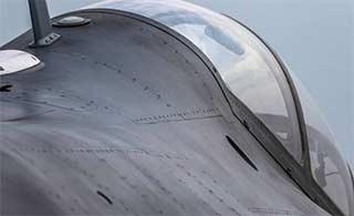 中航洪都展示L15战机大量细节