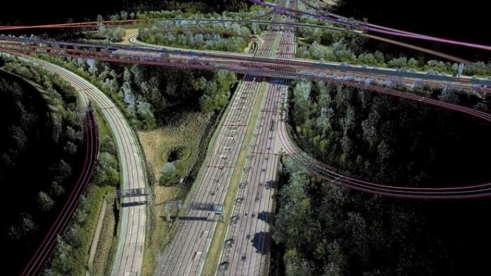 自动驾驶路径之争:3D成像好还是2D相机妙?