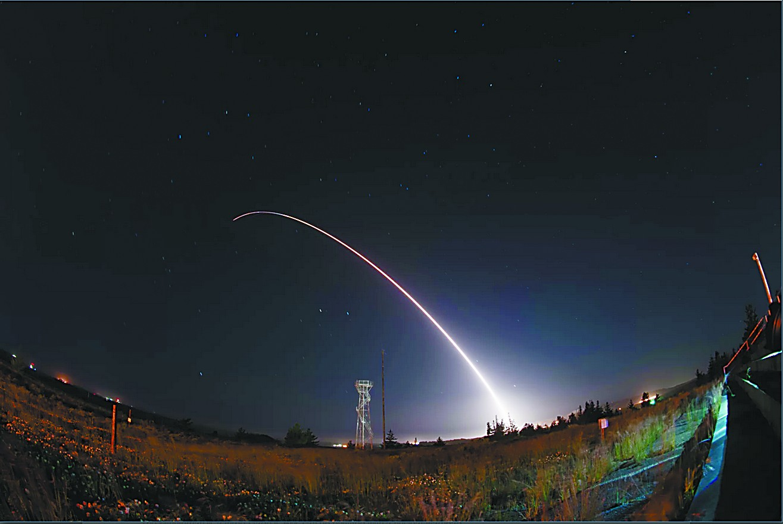 美试射民兵3洲际导弹应对朝鲜?罕见八天两连发
