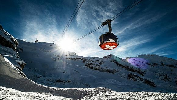 全球十条最惊险的滑雪缆车