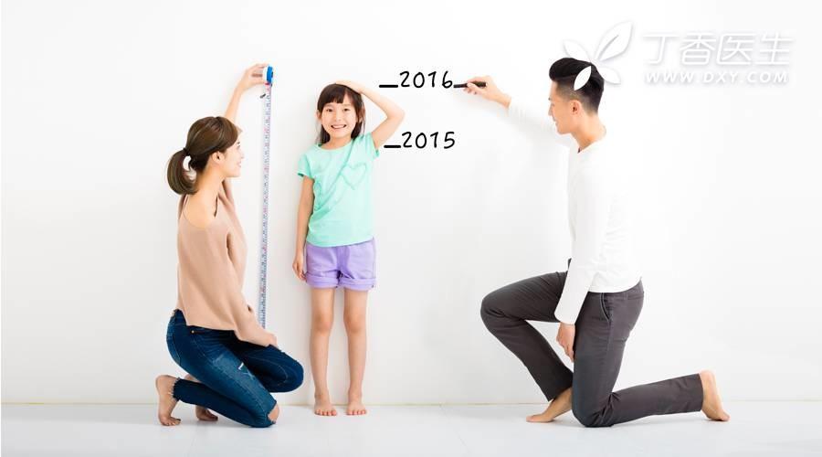 身高是遗传爸爸,还是遗传妈妈?