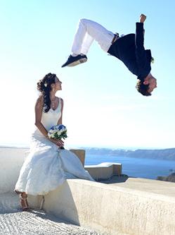 英小伙婚禮上玩跑酷 幸福羨煞旁人