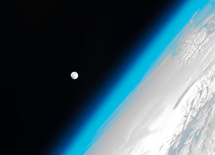 NASA寻求重返月球,提取样本
