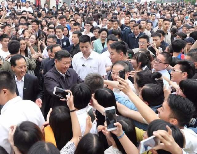 习近平考察中国政法大学:青年要立志做大事