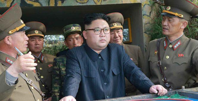 金正恩视察朝鲜西部海域前沿部队 民众情绪激动落泪