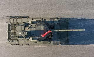 俯看俄罗斯阅兵受阅坦克装甲车