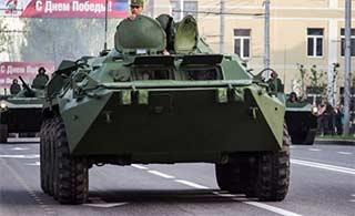 顿涅茨克举行胜利日阅兵彩排