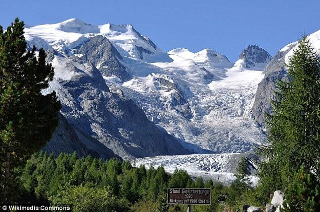 4000台造雪机齐上阵 拯救瑞士国宝级冰川