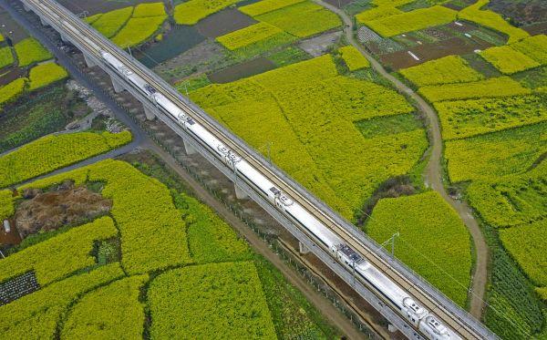 英媒:中国2020年前将建最快高铁?这并不令人吃惊