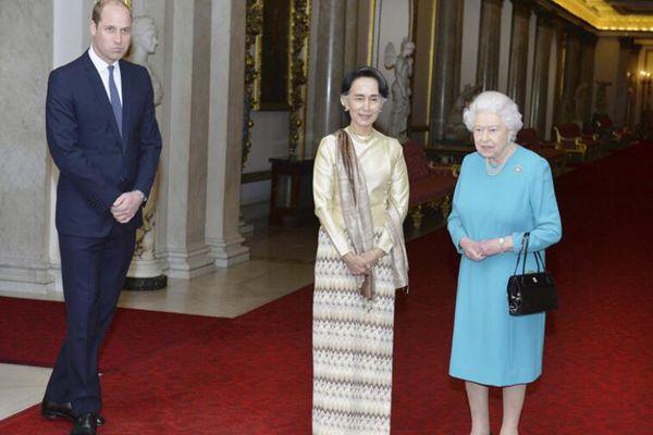 昂山素季抵英国 同伊丽莎白女王共进私人午宴