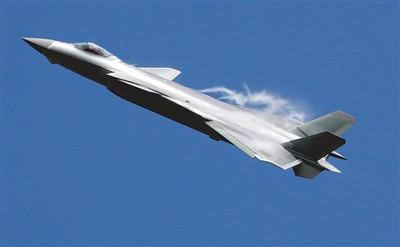 空天一体、攻防兼备 空军实战化训练迈出铿锵步伐