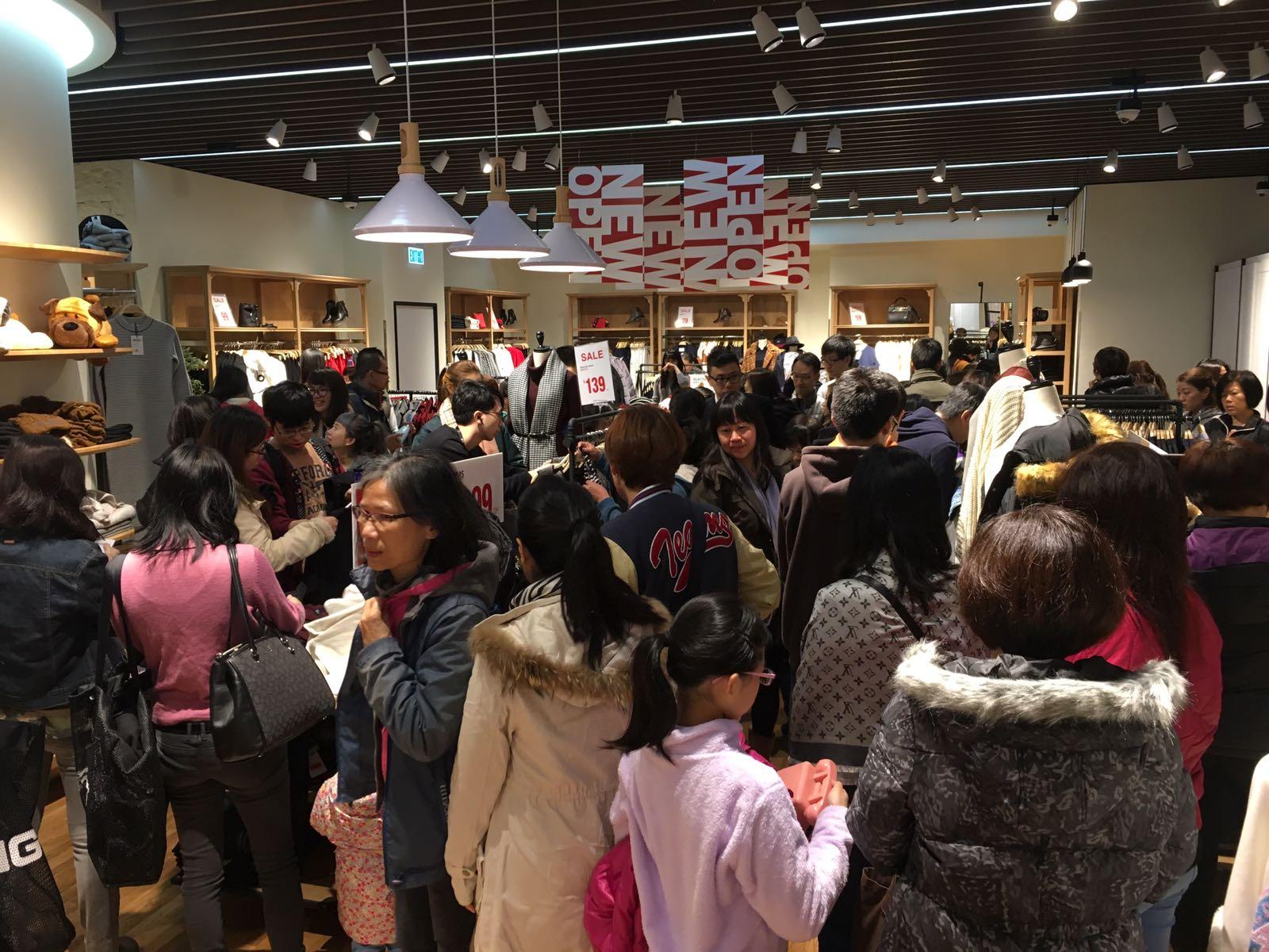 全世界哪的人最爱买衣服,答案是香港人