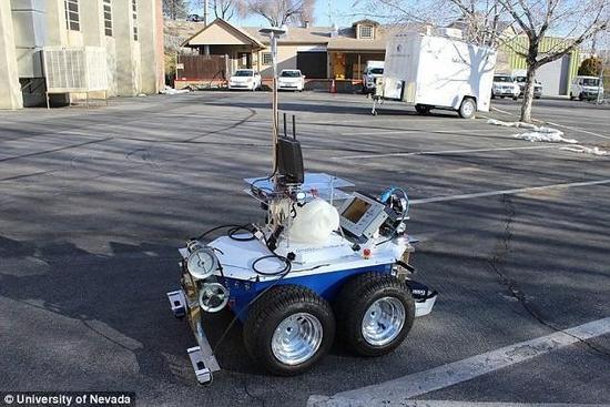 机器人可检查桥梁结构和故障:精准度达96%