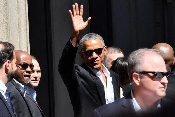 奥巴马现身意大利米兰 获民众夹道欢迎人气高