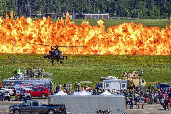 美国南卡州国民警卫队陆空作战表演秀 震撼若电影大片
