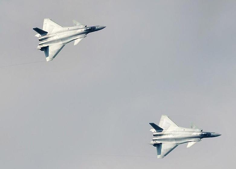 美媒:中国军事技术正迎头赶上 威慑力非开玩笑