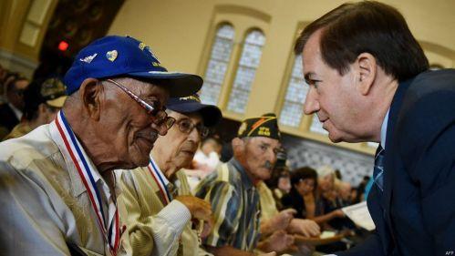 """美议员提两党法案:授予二战华裔老兵""""国会金牌"""""""