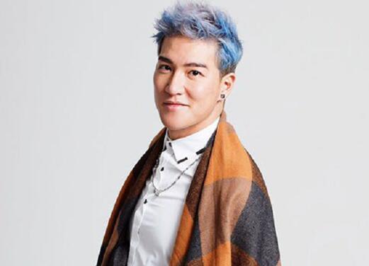 《中国式相亲》周子扬获十大金曲最有前途新人奖