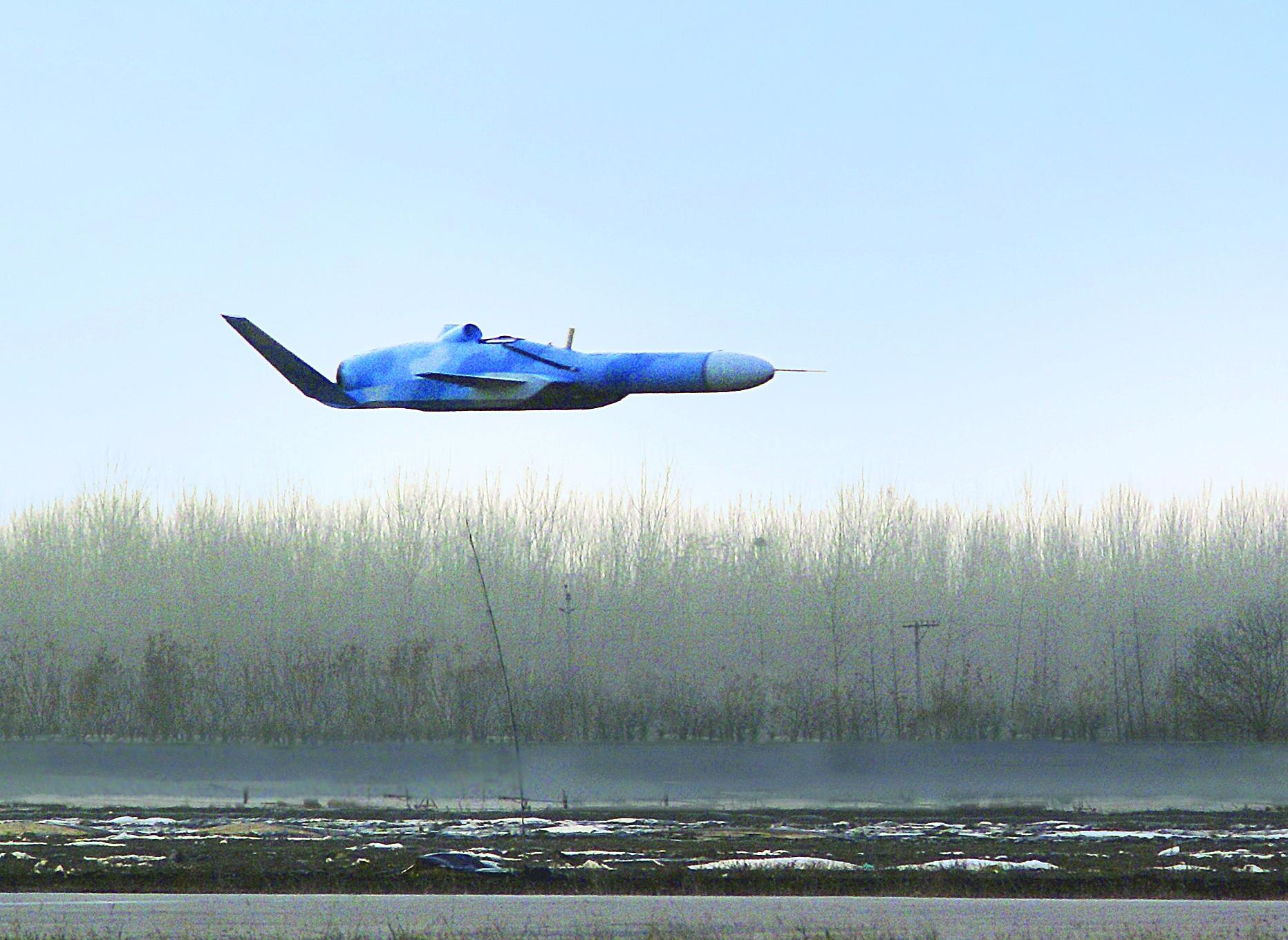 中国新型地效无人机亮相 外媒称其为航母杀手