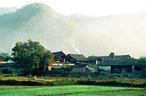 传统村落保护:留住古村落更要留住原住民