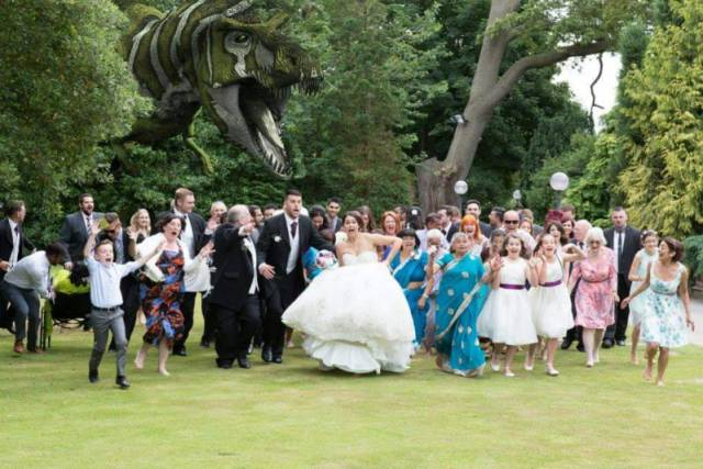 """婚礼照片中的那些""""意外""""图片"""