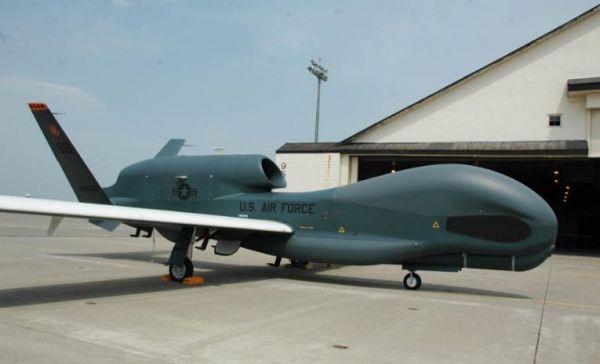 日媒:美军全球鹰首次进驻东京 针对中朝搜集信息