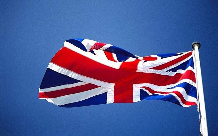 超半数英国人不赞成政府收紧海外学生政策