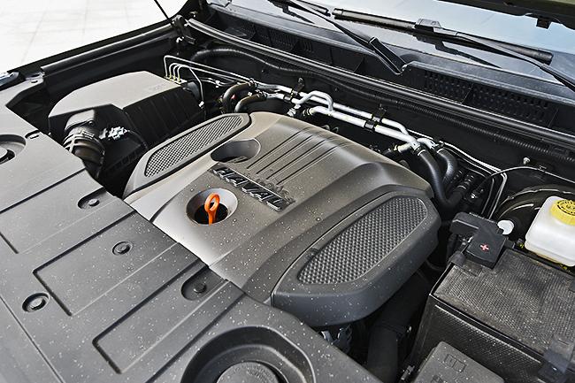 搭载高功率2.0T+8AT 新哈弗H9上市售21.98万起