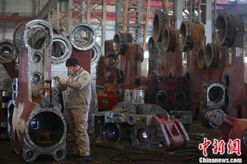 中国面临的经济下行压力在扩大?统计局回应