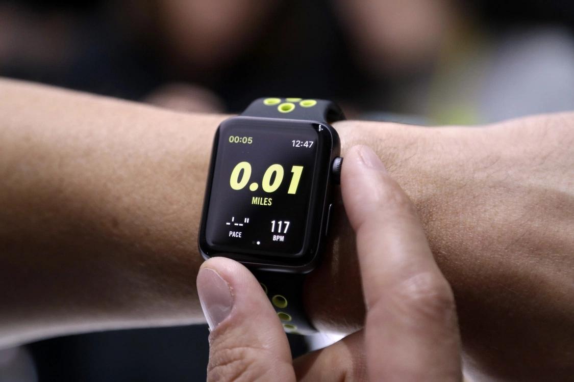 新Apple Watch或可测血糖 改写医疗健康领域规则