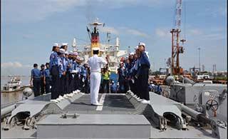 印度海军驱逐舰访问缅甸首都