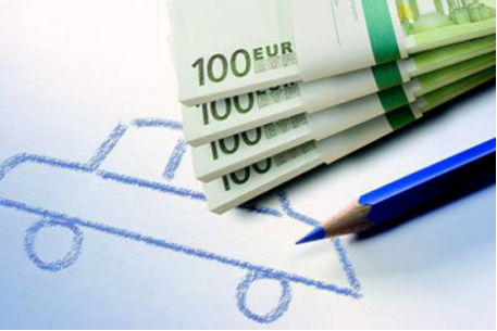 铜掌柜:汽车金融市场达万亿 将迎飞速发展