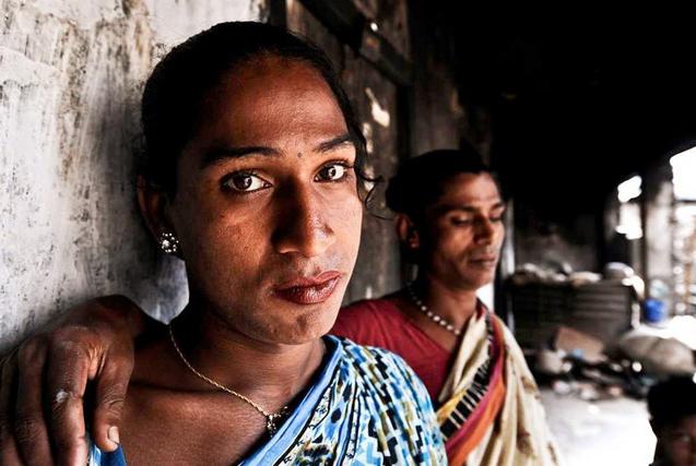 """国际不再恐同日:揭秘印度""""第三性人"""""""