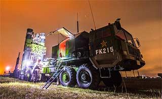 红旗9防空导弹夜间部署训练