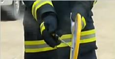 电蚊拍和杀虫剂不能一起使用 容易着火引爆炸