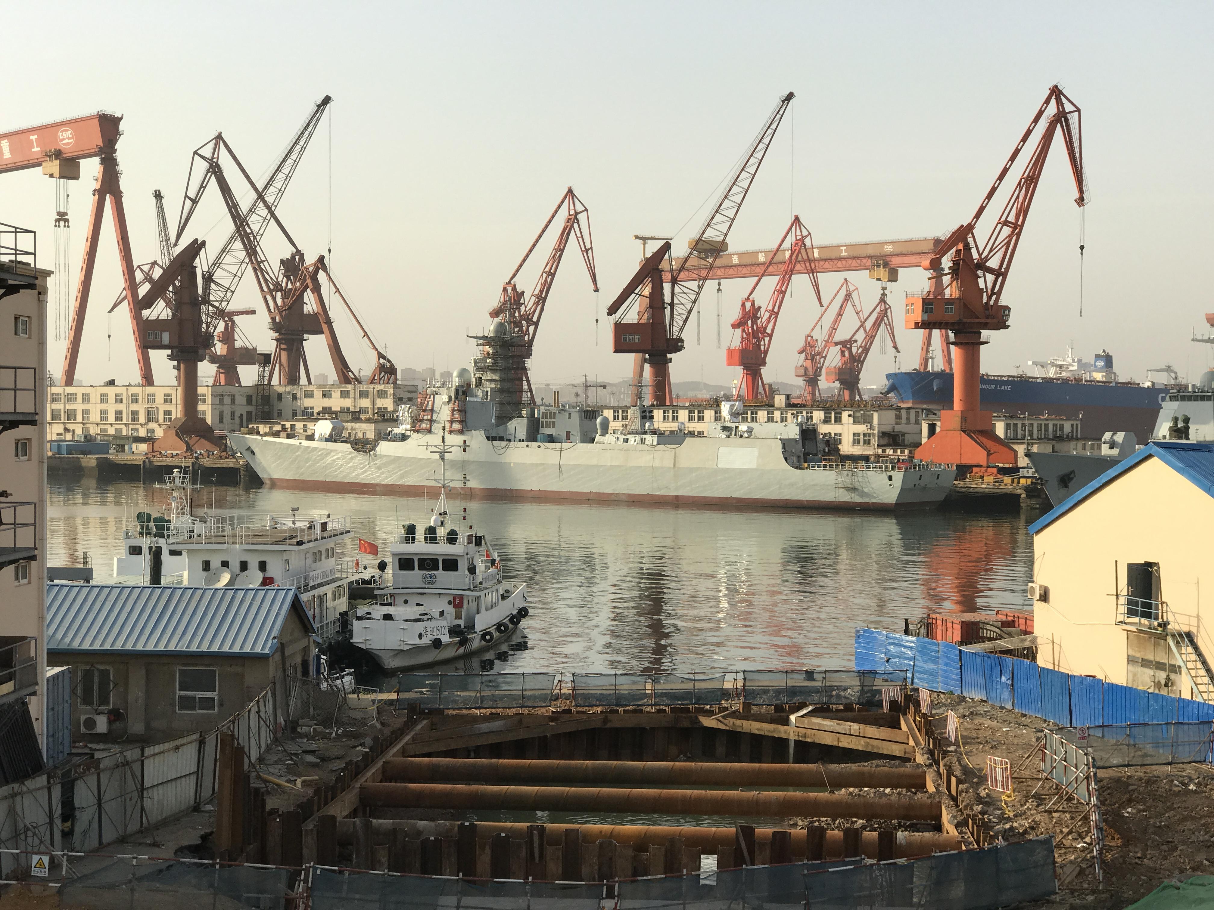 美称中国建造军舰速度不可思议 毫无停止的信号