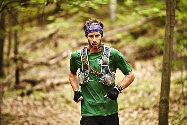 美跑步者46天内跑完3524千米山道破世界纪录
