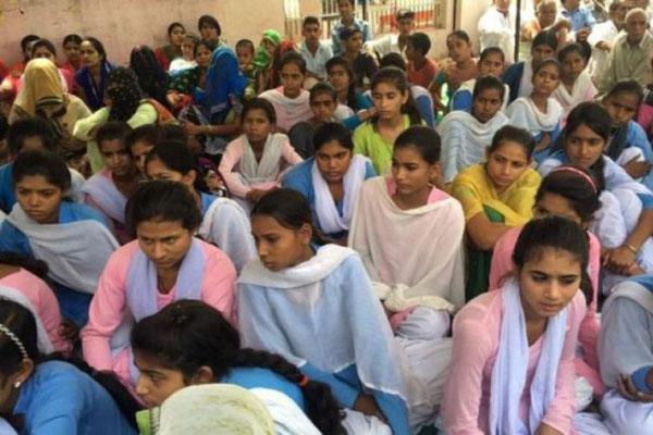 她们绝食6天 要求政府确保她们上学途中不受性侵威胁