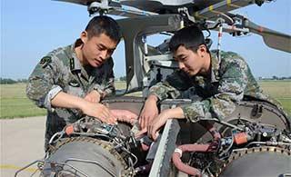 陆航部队如何维护直9直升机
