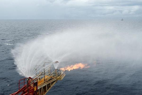 我国海域天然气水合物试采成功