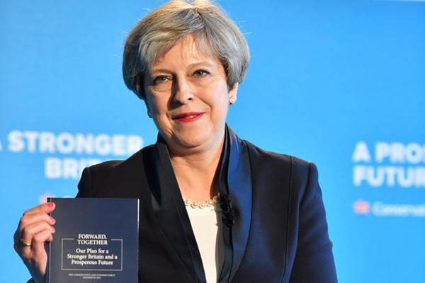 无视默克尔严重警告 特蕾莎·梅竞选宣言要求控制欧盟移民