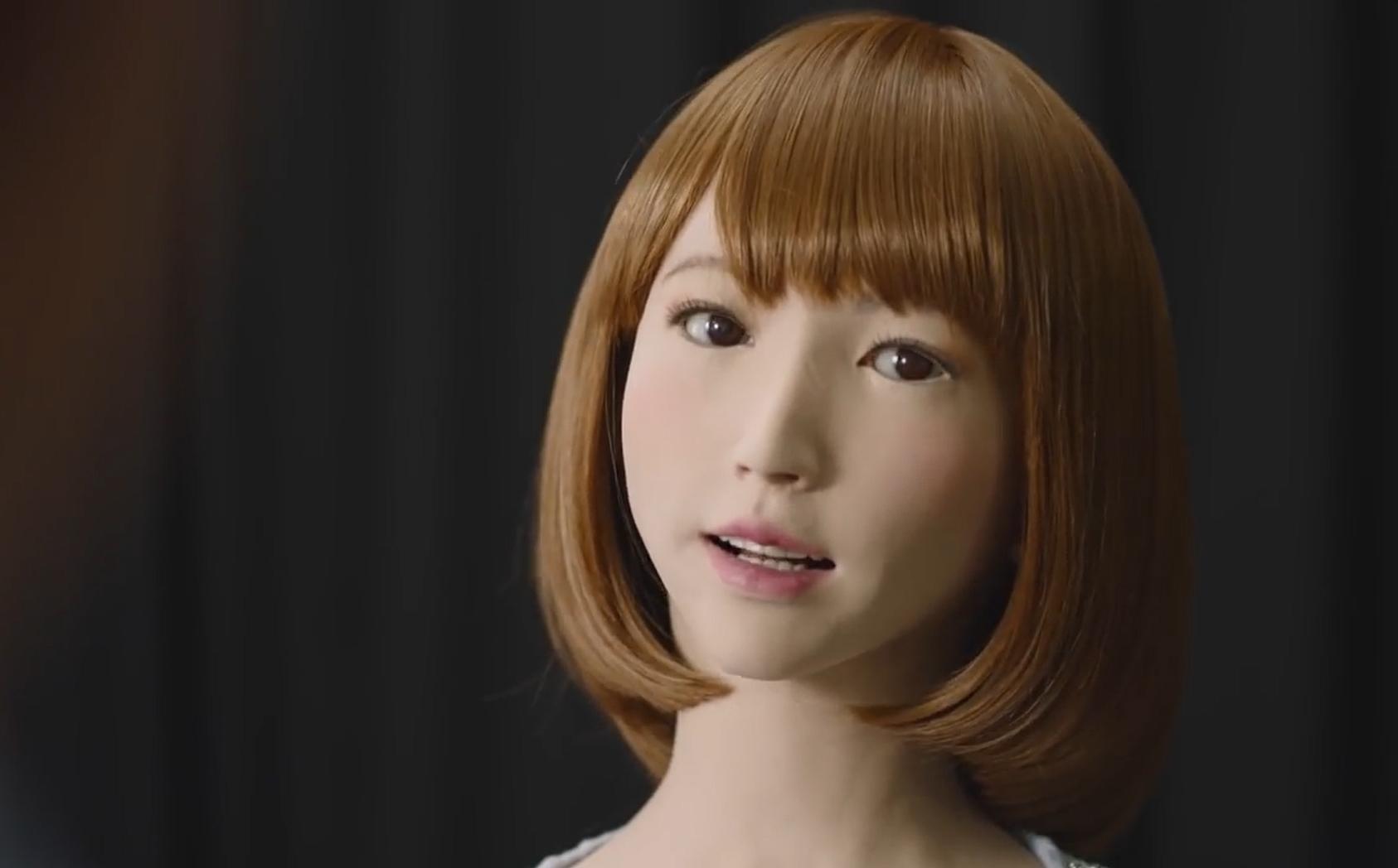 面对最逼真的人形机器人 如何证明自己是人?
