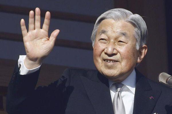 日本政府召开内阁会议 通过天皇退位特例法案