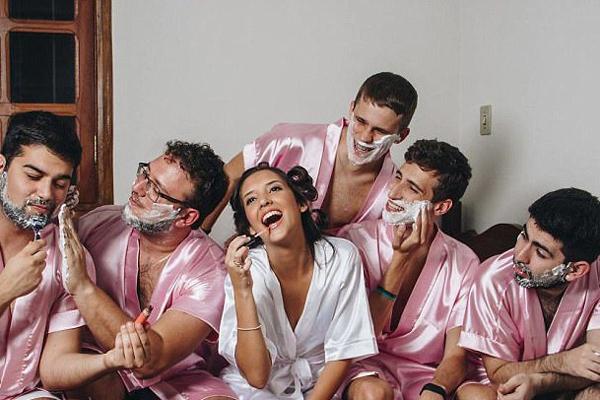 """巴西新娘婚礼前与众男""""伴娘""""举办狂欢派对"""