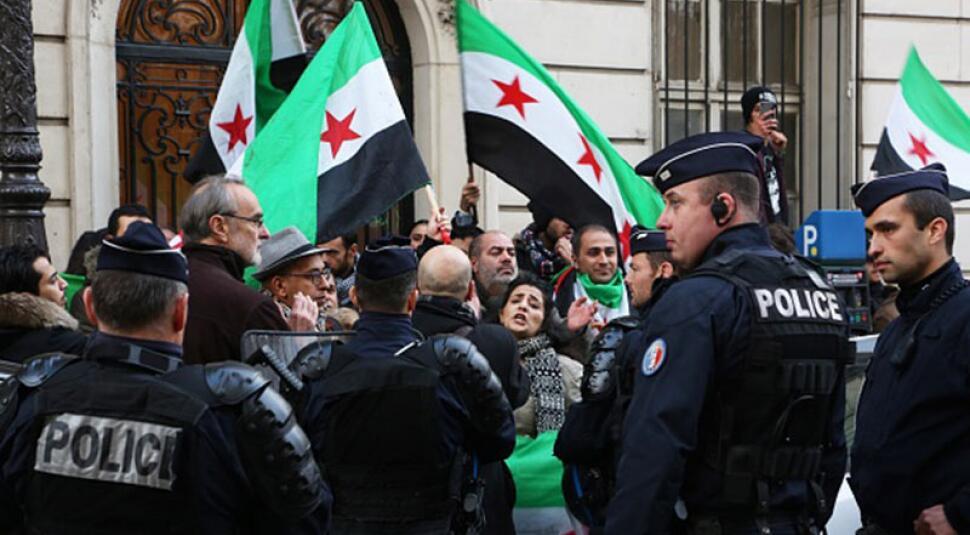 俄媒:法国取消对俄驻法大使馆保护 使馆安全问题堪忧